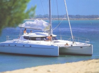 YachtLatinaCatamaran